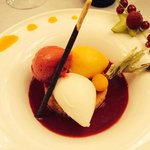Dessert 1 : Glaces/sorbets sur biscuit sablé...