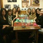 Unas chicas de fiesta