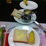 Petit déjeuner continental au SAAS tower