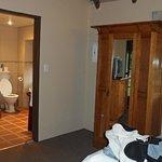 Askari Suite Bathroom