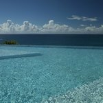 piscine a debordement