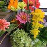 $3 -$10 bouquets