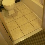 new tile, great bathroom besides the sloppy caulking