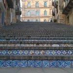 лестница Santa Maria del Monte, Кальтаджироне