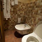 Byblos Sur Mer: bathroom