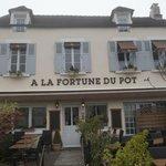 "Exterior of ""À La Fortune Du Pot"" on a dreary November Day!"