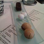 Mignardises : guimauve au coqulicot et spécialité au café et au chocolat