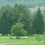 ahhh…gotta love those views & golf at the same time!