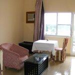 Mini Salon & Suite