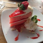 Strawberry Fresh Cream Cake