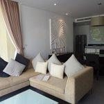 Lounge Kitchen rm 706