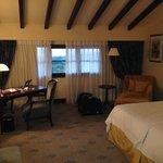 Room 851