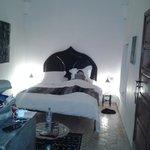 Habitación Gris, la cama es muuuuy cómoda y agradable