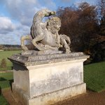 Statue of Lion and Horse By P Scheemaker, 1740