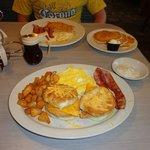 southern fried chicken biscuit platter - breakfast potatoes