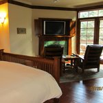 Lodge Suite #1