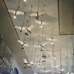 フロントから奥の天井の飾り
