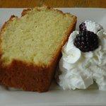 Infoumous Palenta cake
