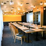 Restaurant 19. (85050978)