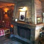 La cheminée du salon