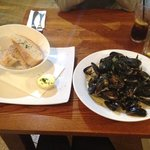 Mussels with cream sauce, served with ciabatta bread £10.50