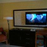 TV Area (1st floor room - very similar in pool view room)