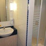 Bathroom 423