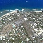vue aérienne de l'hotel (helico)