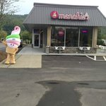 A Menchie's early morning greeting!