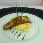 Filete de Salmon al Grill con Pure de Papas