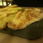 Petto di pollo con patate fritte