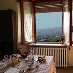 Завтрак с видом на виноградники