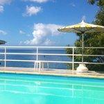 la piscine vue mer