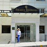 Hotel Theoxenia, Piraeus
