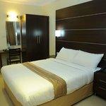 Castle International Premium Hotel