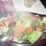 Köstlich gewürztes Hühnerhackfleisch, dampft noch :-)