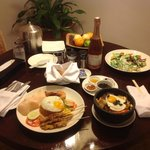 J&M-1stWA@TAH-Our In-House Dining...yum yummy!!