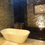 Open Air Bath Tub