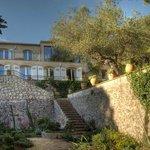 la maison et les terrasses