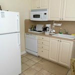 Kitchenette with refrigerator, microwave-oven and dishwasher