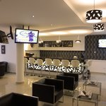 Photo de Airport Plaza Hotel