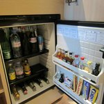 mini bar / fridge