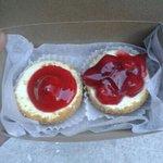 strawberry and cherry baby cheesecake