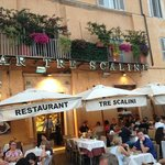 Outdoor seating - Tre Scalini