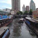 River taxi along Hua Chang river