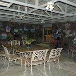 Lanai/common room