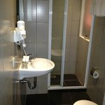 Executive Room-Shower Room With Problems
