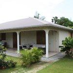 Blick auf  Haus mit Terrasse