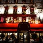 Restaurant a Paris..