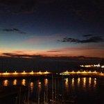 Solnedgang, sett frå balkongen på Marina Suites